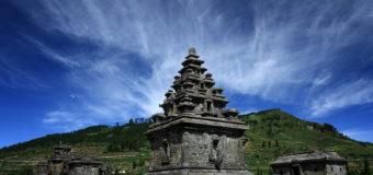 Mempelajari Sejarah Kerajaan Mataram Kuno Sambil Berwisata di Candi Arjuna Dieng
